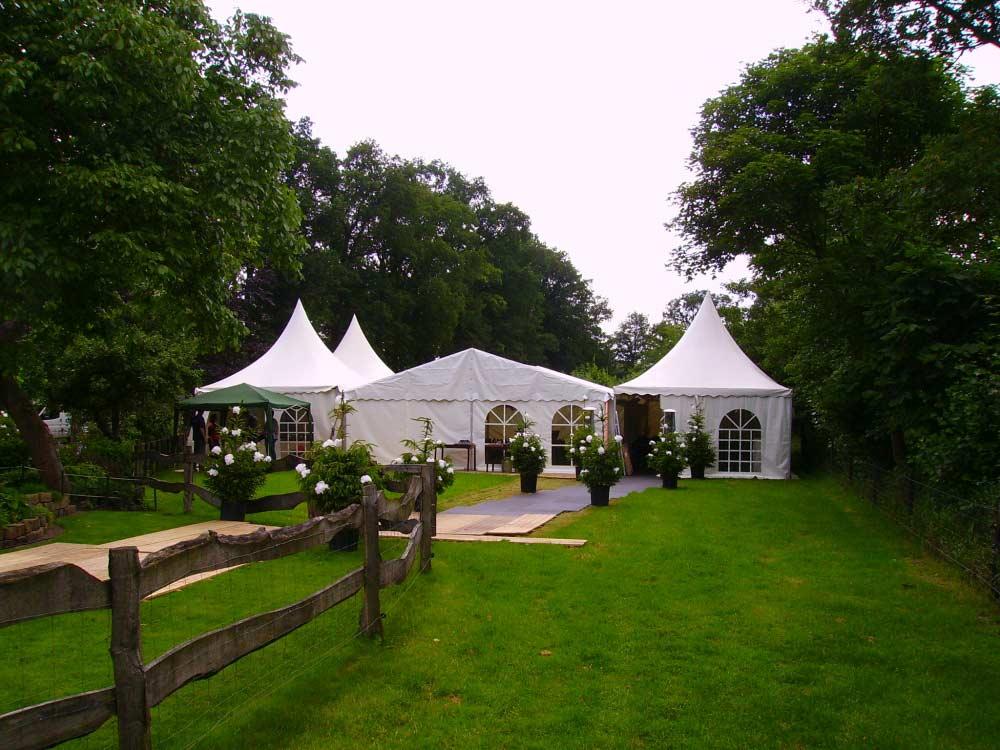 tent-huren011